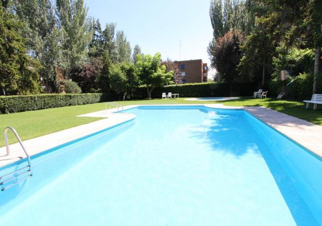 piscina 2 Appartement Mirasierra