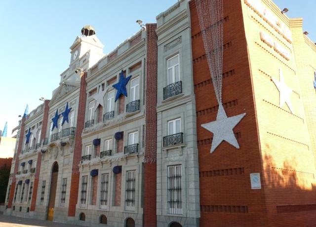Centro Comercial 3_640x480 Chalet Conde de Orgaz