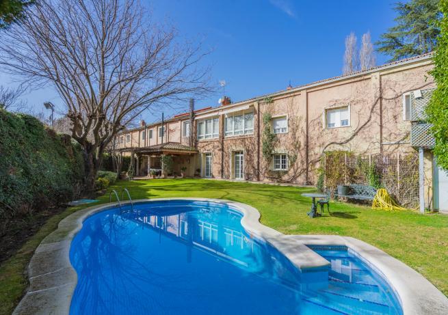 piscina Maison Fuentelarreina
