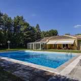 Exterior piscina Maison La Moraleja