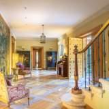 Hall-19 House La Moraleja