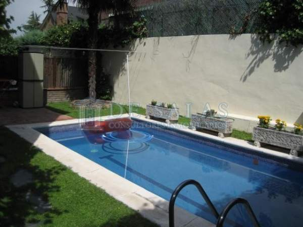 1069 - Piscina House Peñagrande
