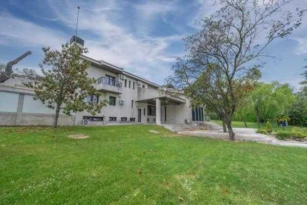 51- Exterior Maison La Moraleja