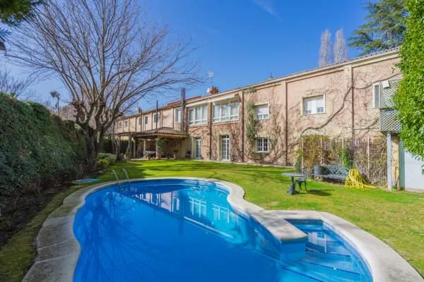 piscina House Fuentelarreina