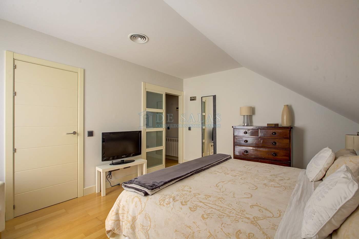 Dormitorio-IMG_4990_1_2Interior01 copia Piso El Encinar de los Reyes