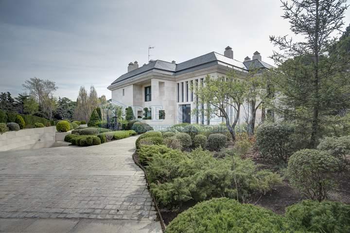 103 House La Moraleja