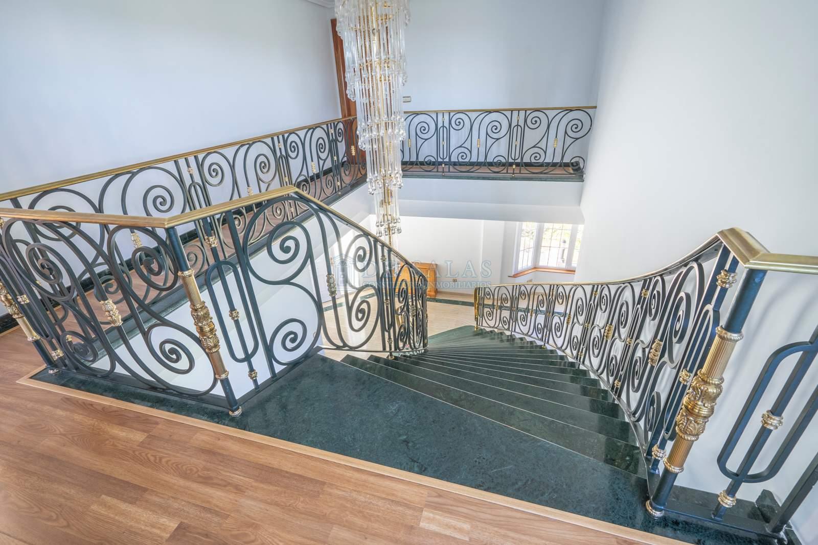 Escalera-18 Maison La Moraleja
