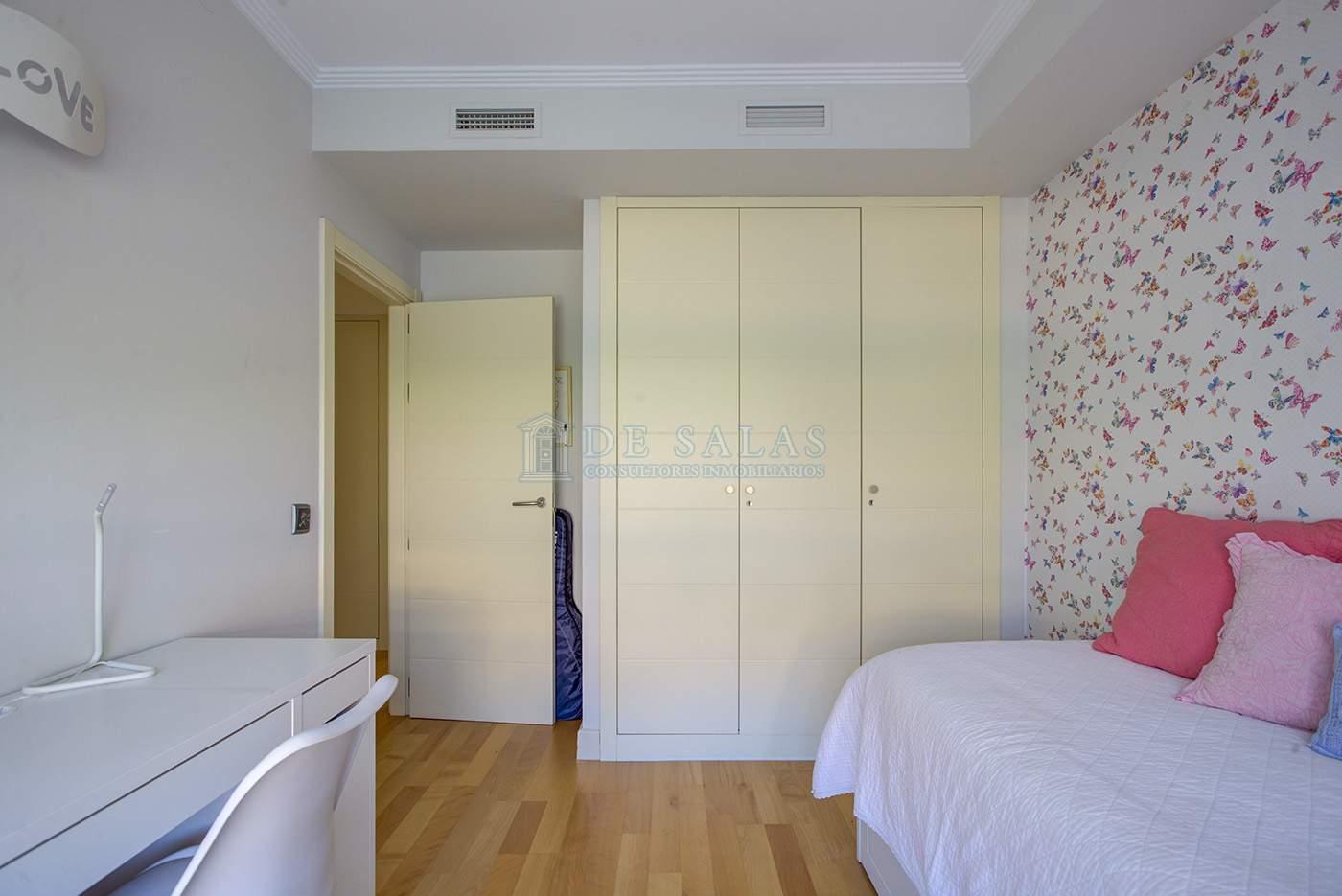 Dormitorio-IMG_4969_70_71Interior01 copia Piso El Encinar de los Reyes