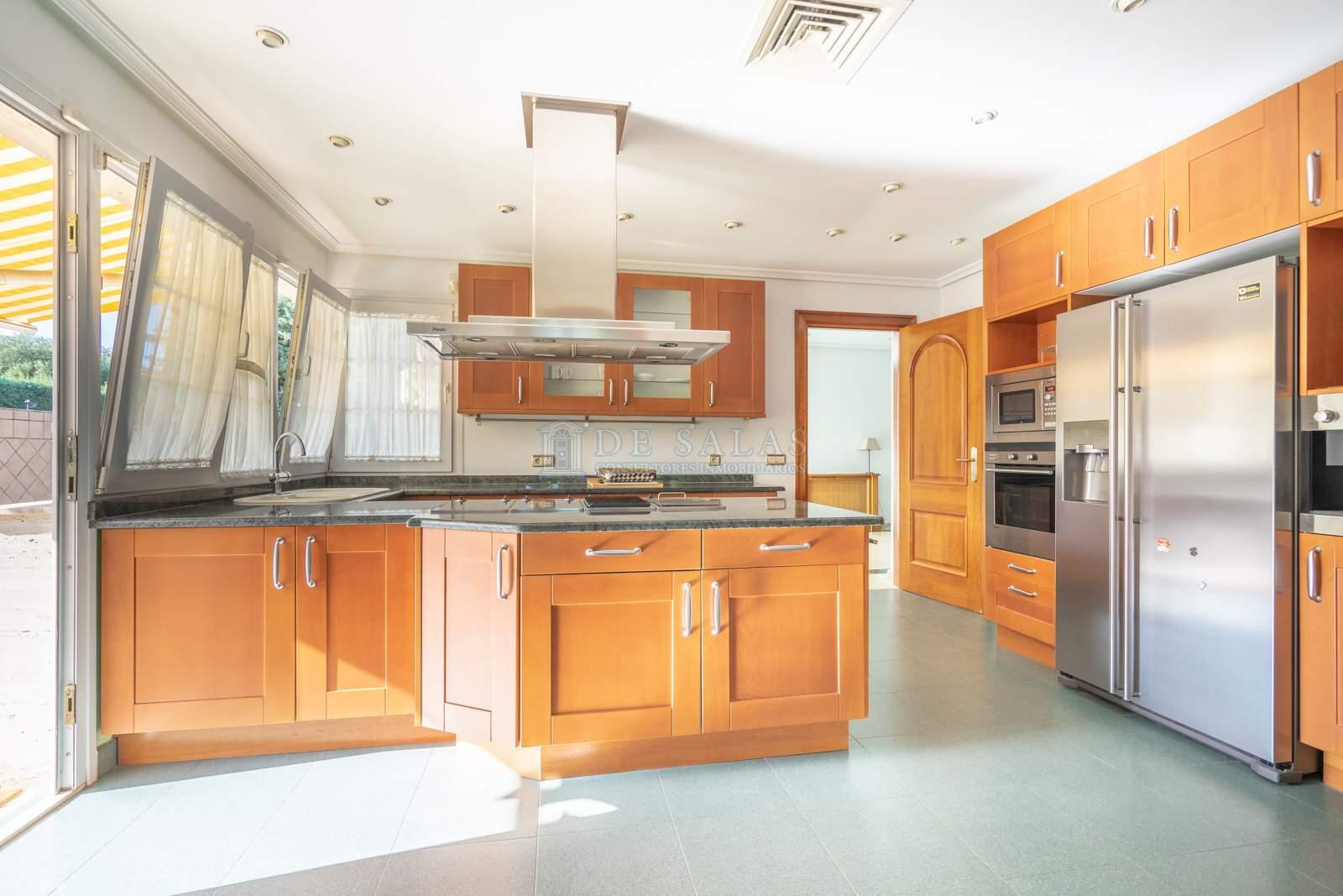 Cocina-10 Maison La Moraleja
