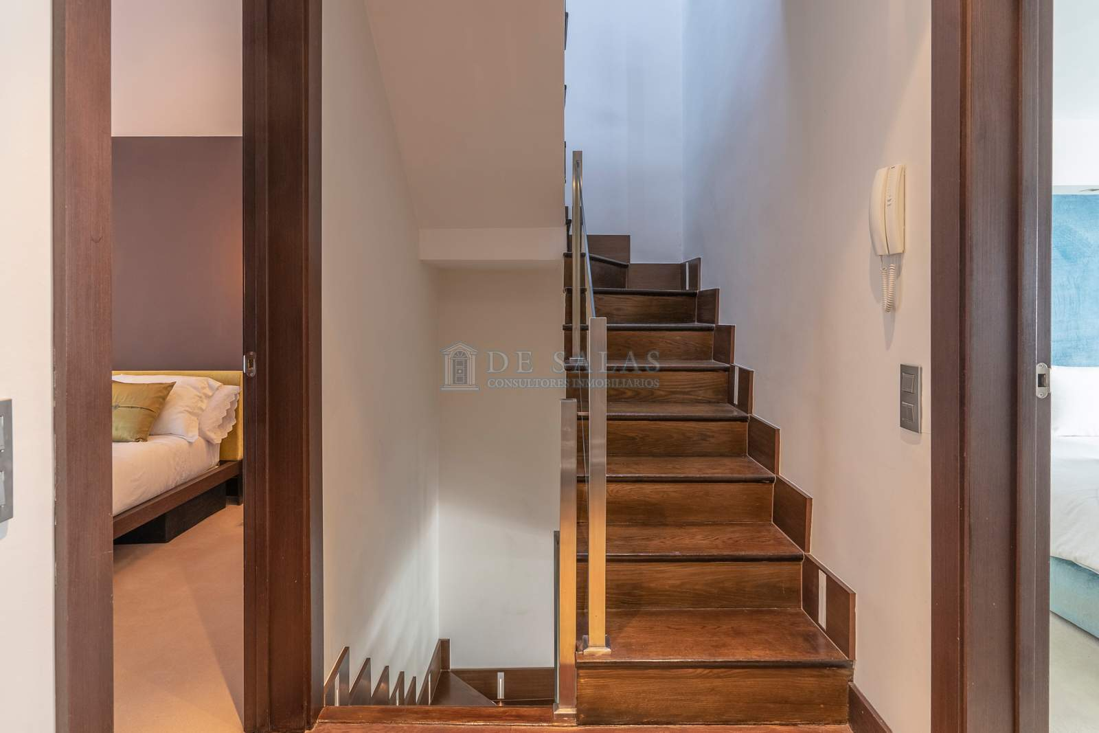 Escalera-21 House Soto de la Moraleja