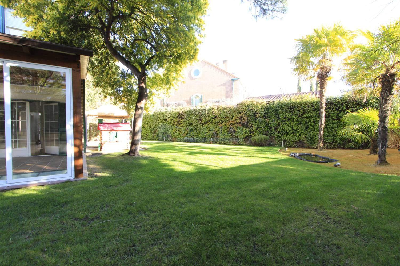 _MG_3521-Jardín Chalet El Encinar de los Reyes