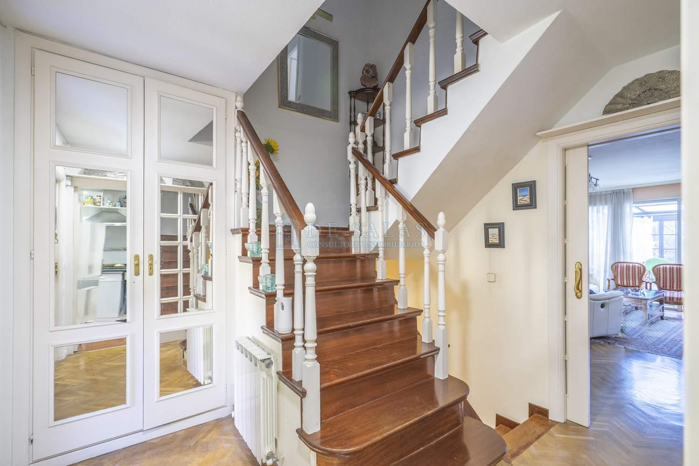 Escalera- House Soto de la Moraleja