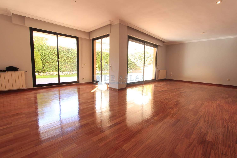 _MG_5373-Salon Appartement Soto de la Moraleja