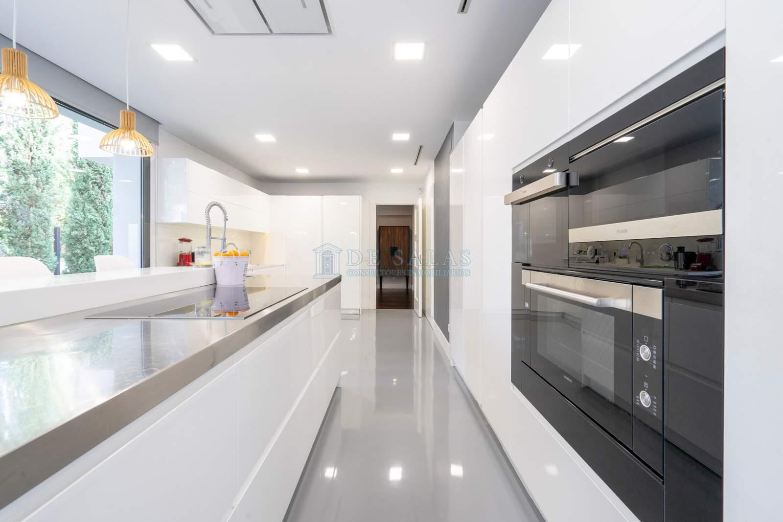 Cocina-12 Maison La Moraleja