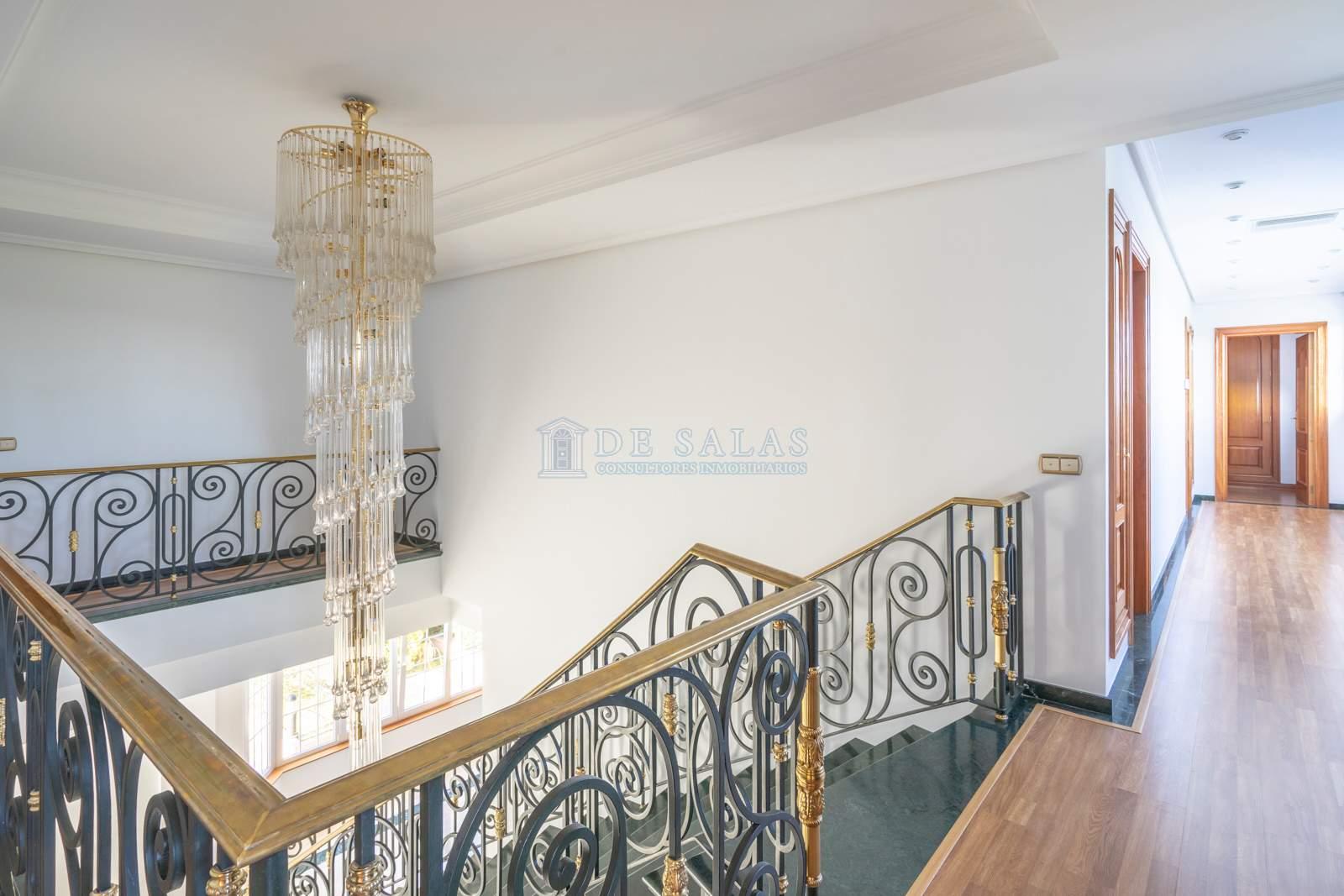 Escalera-19 Maison La Moraleja