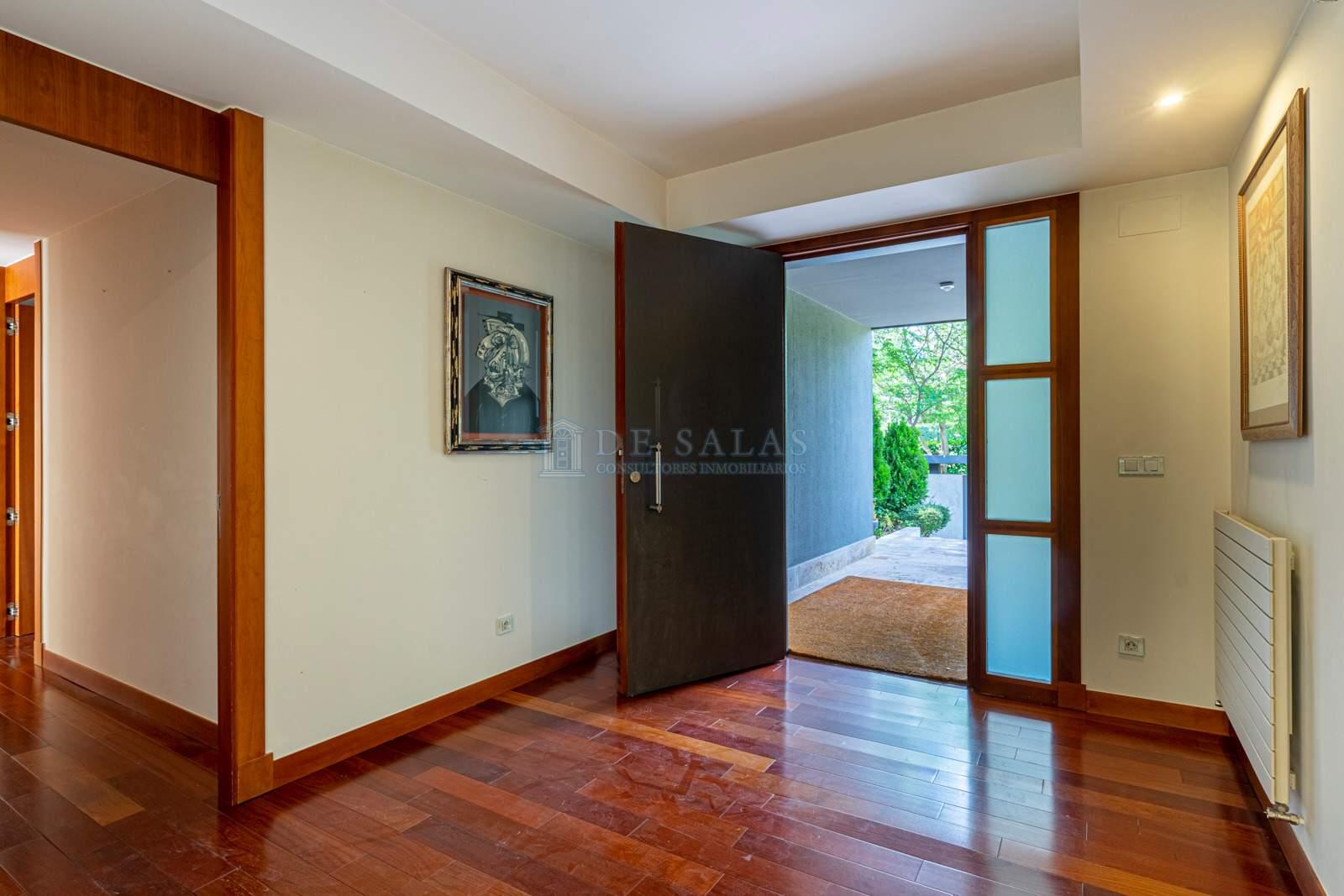 23 House Mirasierra