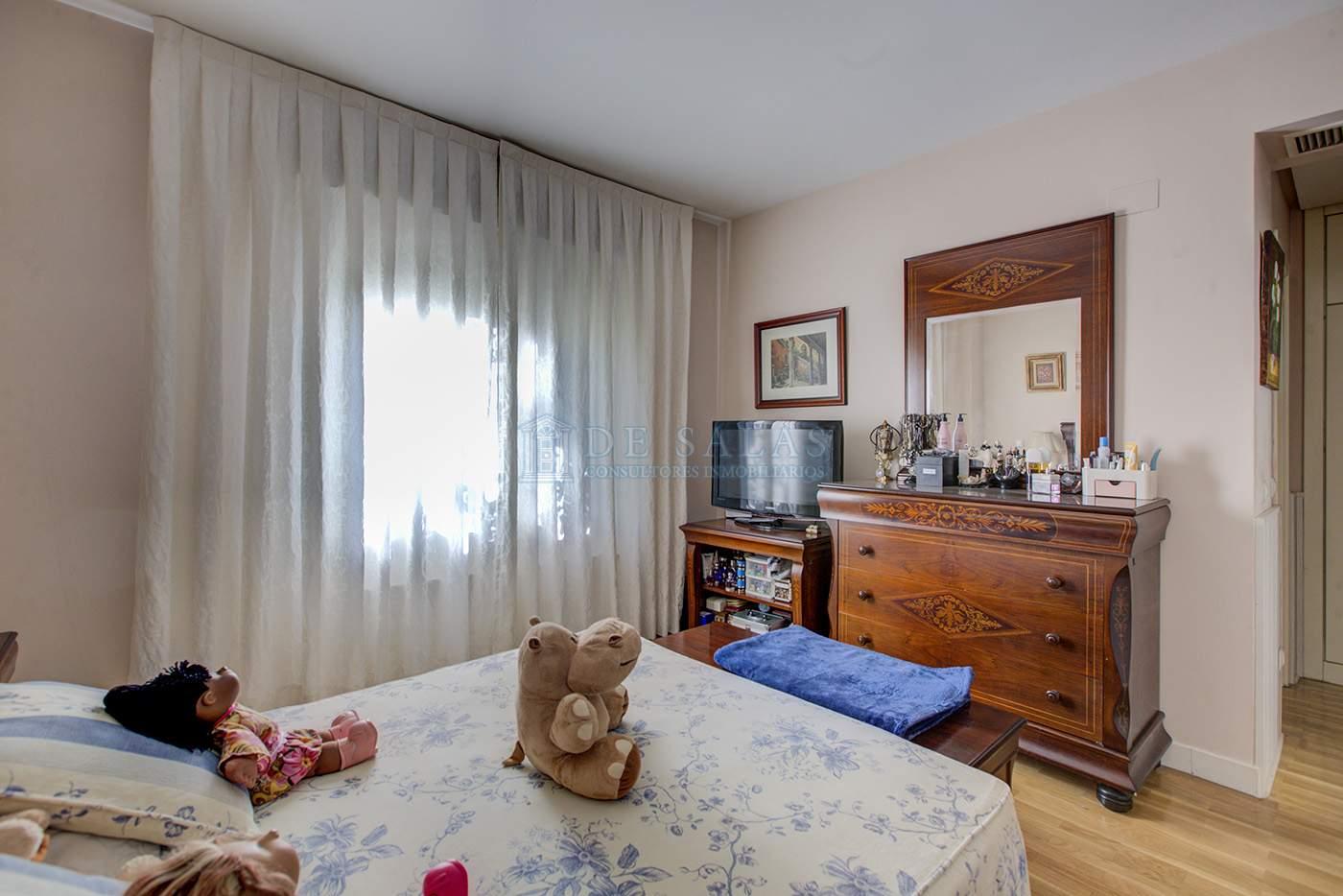 Dormitorio-IMG_4238_39_40 copia Flat El Encinar de los Reyes