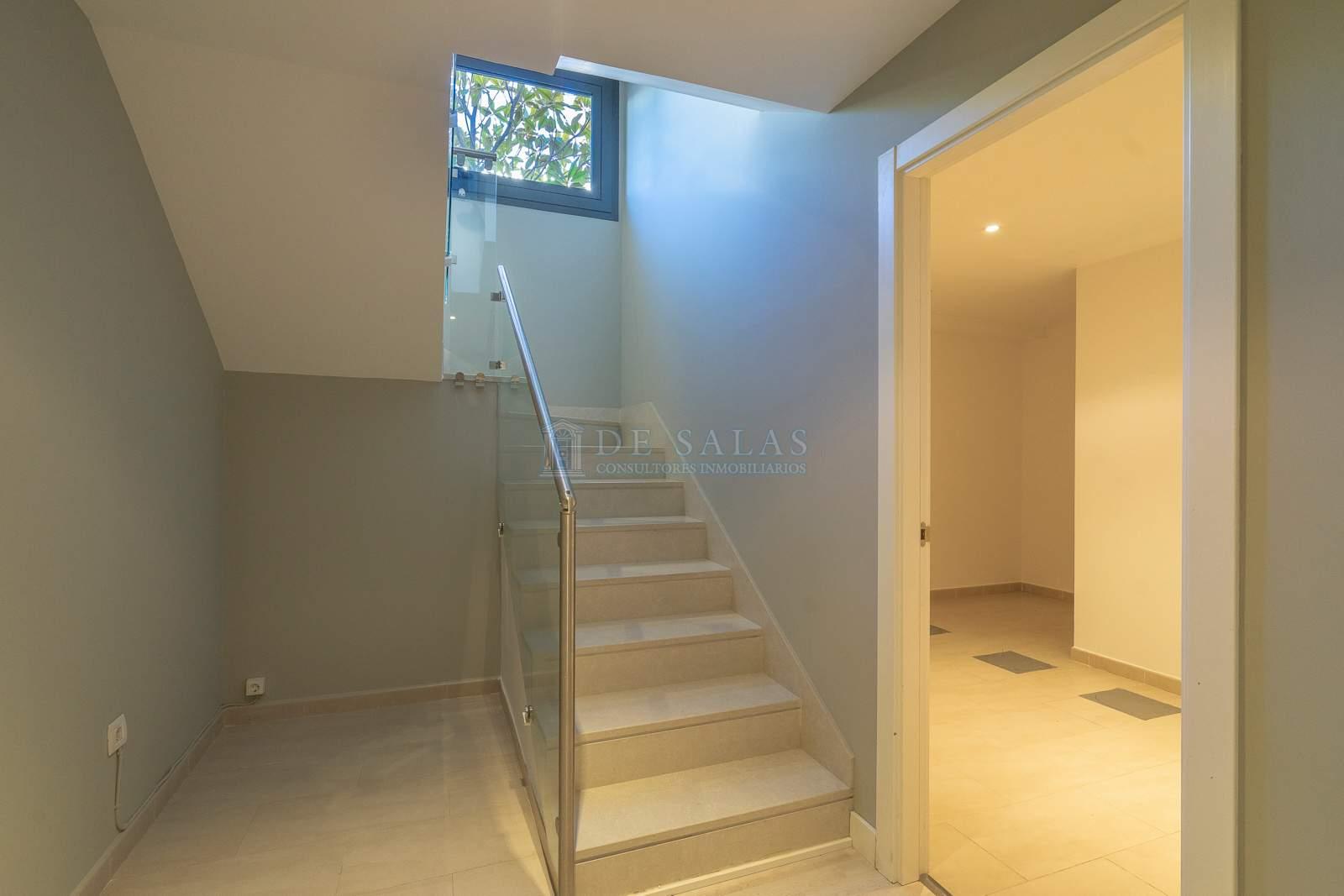 Escalera-31 Maison El Encinar de los Reyes