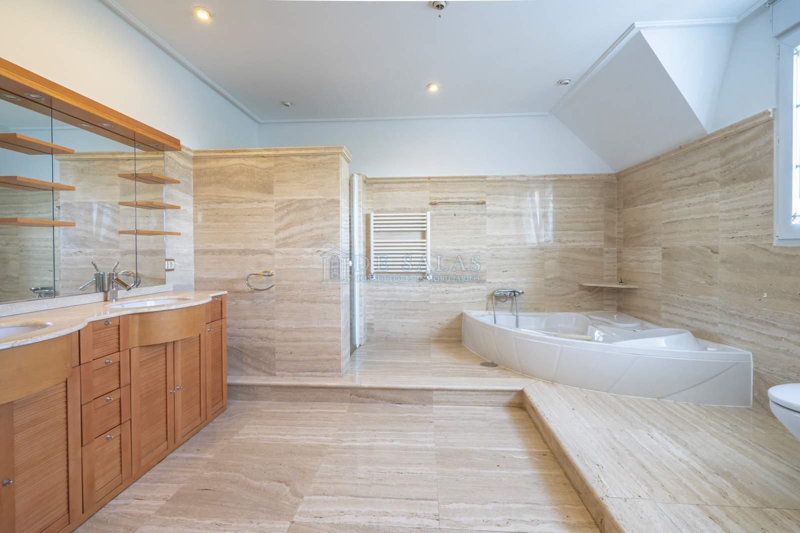Baño-15 Maison La Moraleja