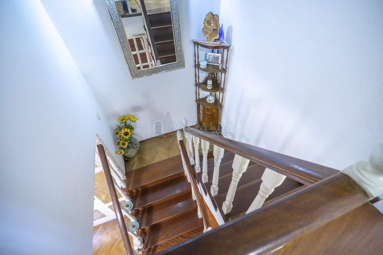 Escalera-24 Chalet Soto de la Moraleja