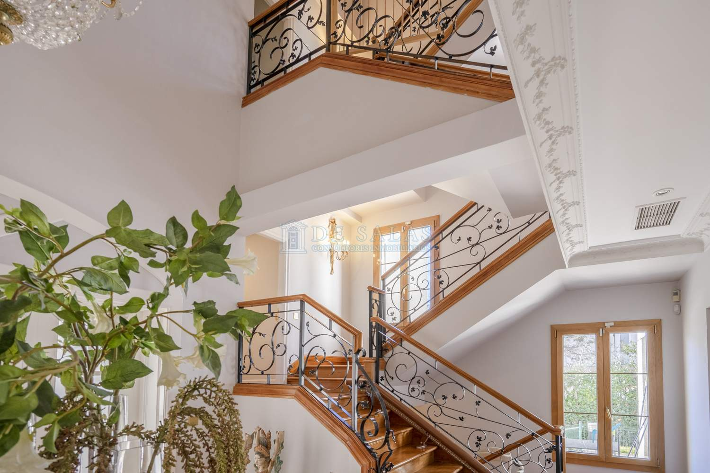 Escalera-3 Maison La Moraleja
