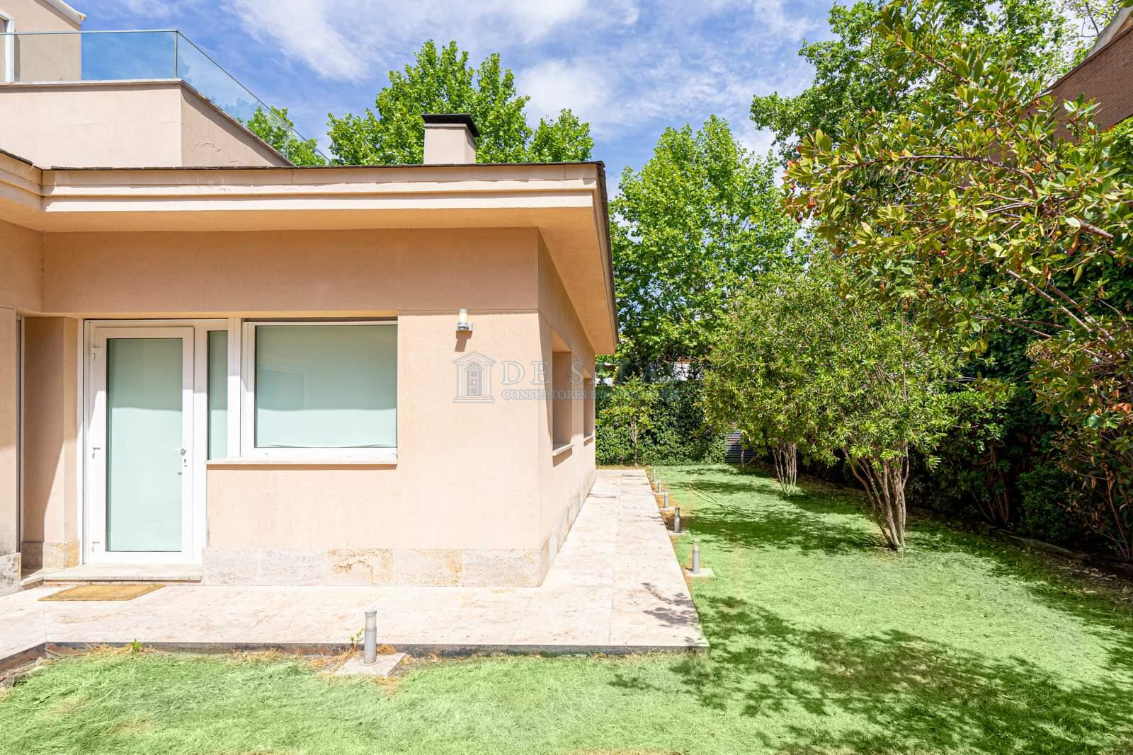 34 House Mirasierra
