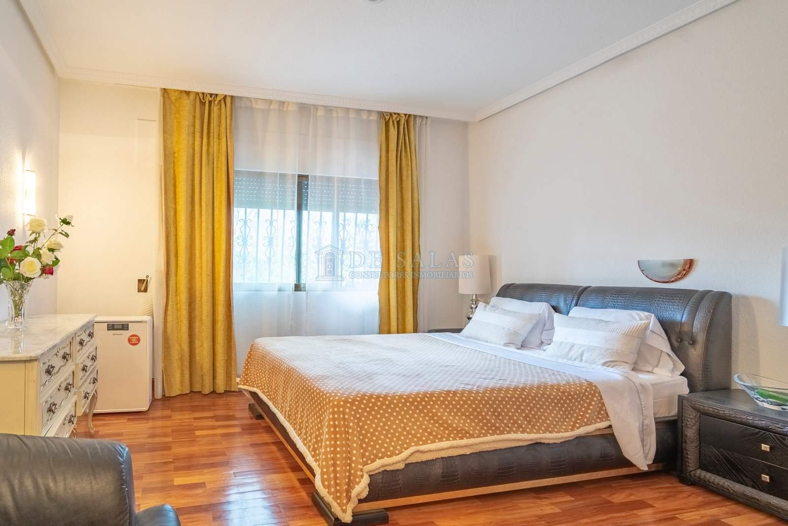 27-Dormitorio Chalet La Moraleja