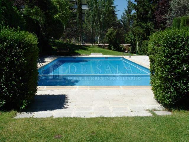 Urbanizacion piscina 1 Chalet Soto de la Moraleja
